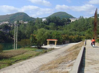 铜仁三中防洪堤